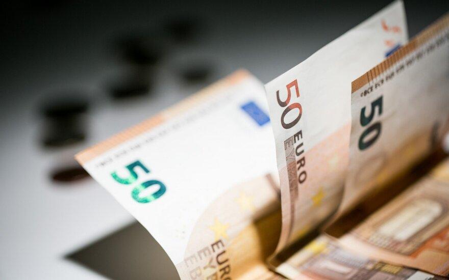 Siūloma įstatymu įtvirtinti laipsnišką valstybės remiamų pajamų didinimą