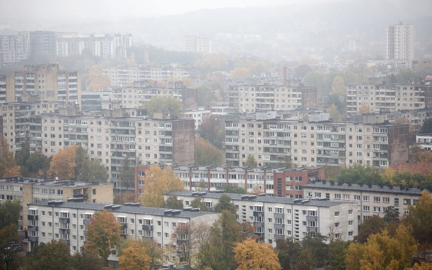 Lithuanians spend largest portion of wages on rent in Baltic States