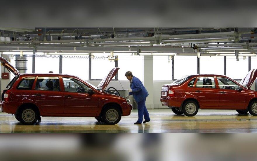 """""""AvtoVAZ"""" vėl galės pardavinėti automobilius Europoje"""