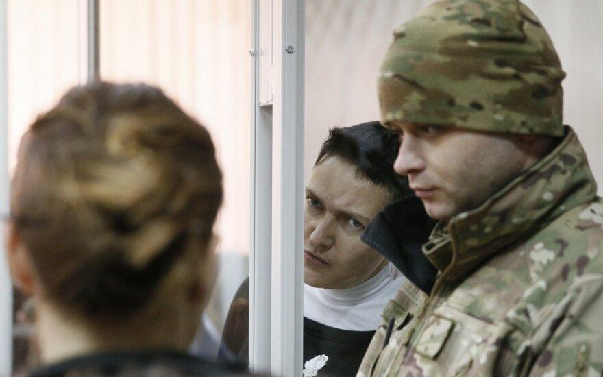Ukraina: Nadeždai Savčenko ginklų davė Rusijos pulkininkai