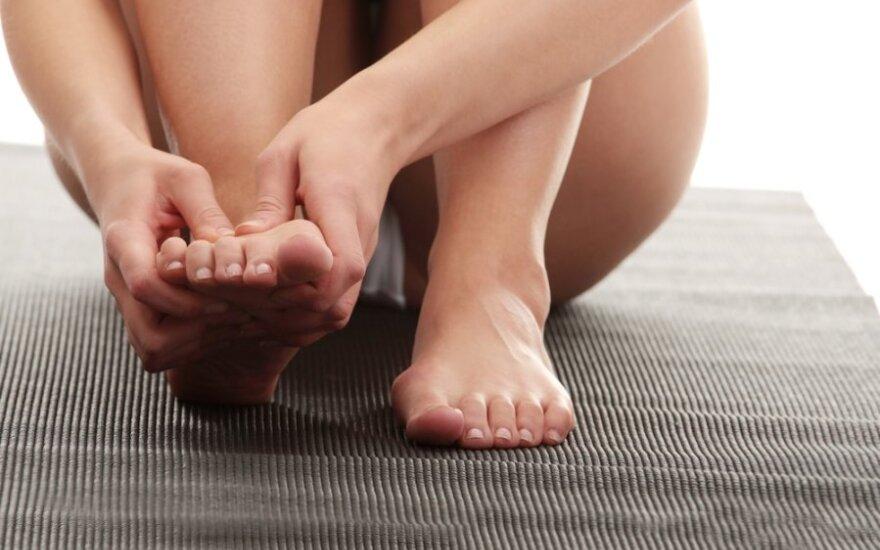 Kodėl savaitę prieš menstruacijas reikia sumažinti fizinį krūvį