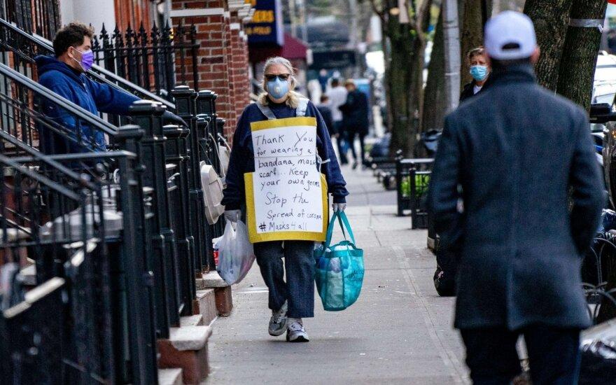 JAV naujų bedarbių skaičius praėjusią savaitę pasiekė 898 tūkst.