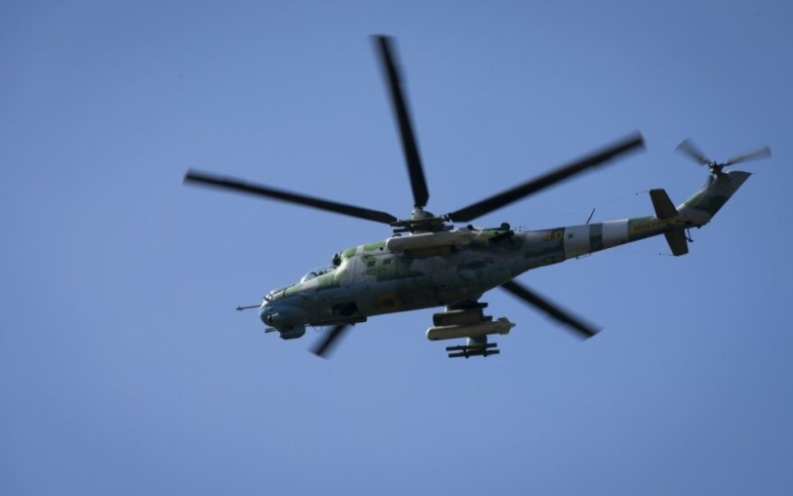 Lithuanian troops end helicopter pilot training mission in Afghanistan