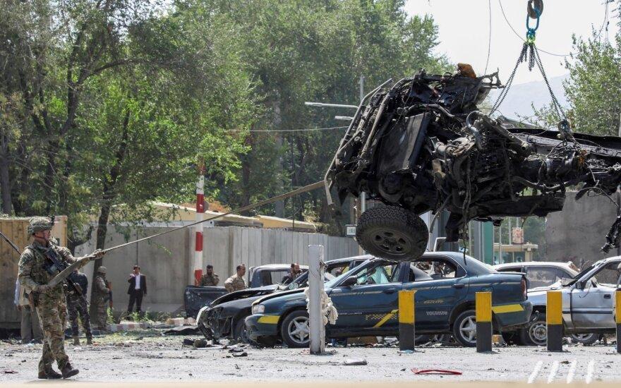 Afganistane per Talibano mirtininko ataką žuvo keturi afganų kariai