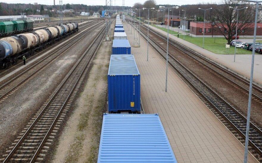 """Augant konkurencijai dėl krovinių, """"LG CARGO"""" pradeda vagonų atnaujinimo programą"""