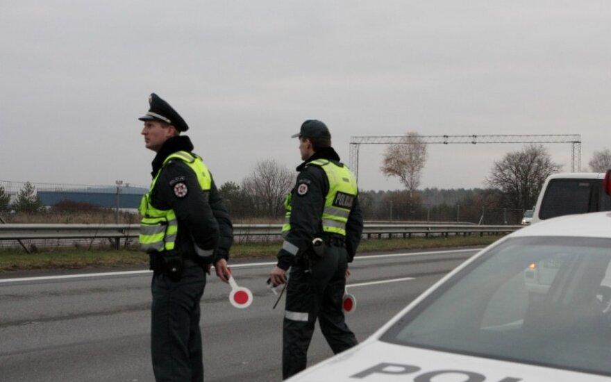 Per šventes keliuose - daugiau policijos
