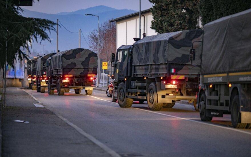 Bergamo krematoriumas nebespėja dirbti: Italijos kariai palaikus gabena iš miesto
