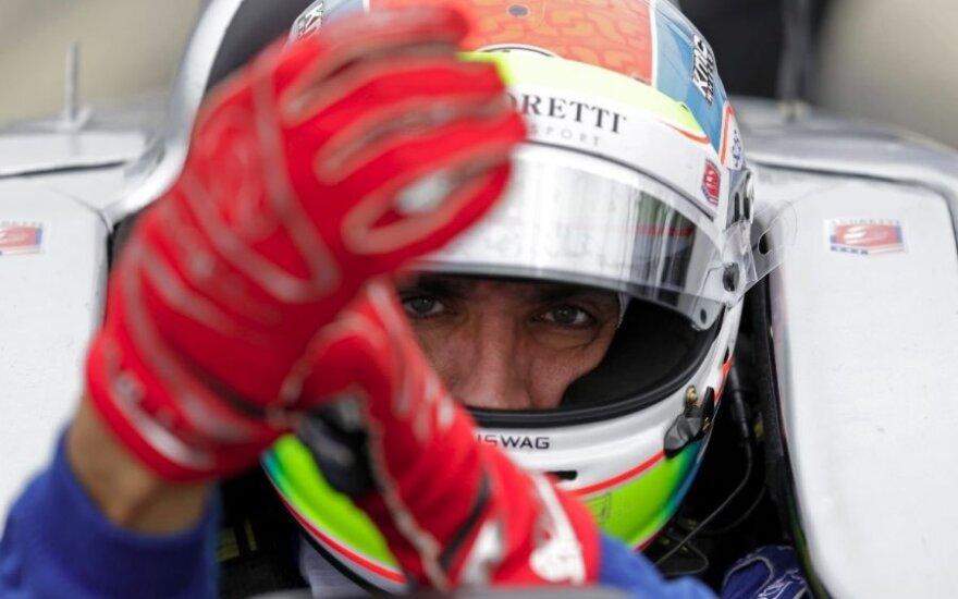 """Užgeso į tragišką incidentą """"IndyCar"""" lenktynėse patekusio J. Wilsono gyvybė"""