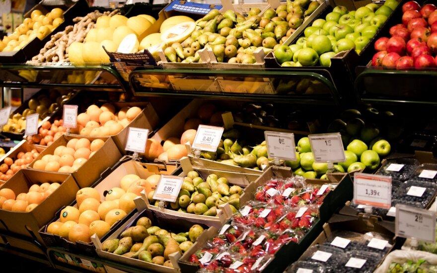 Kaip keitėsi kainos birželį: labiausiai brango vaisiai, odontologų paslaugos