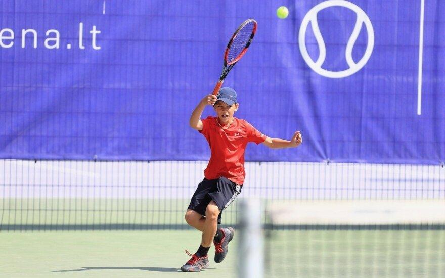 Jaunasis tenisininkas