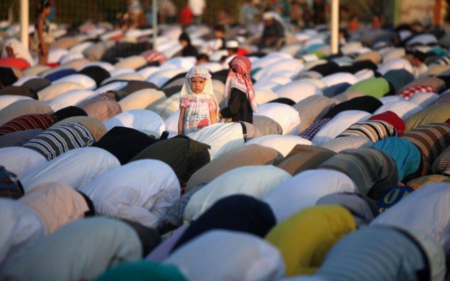 10 patarimų, kaip elgtis keliaujant per ramadaną