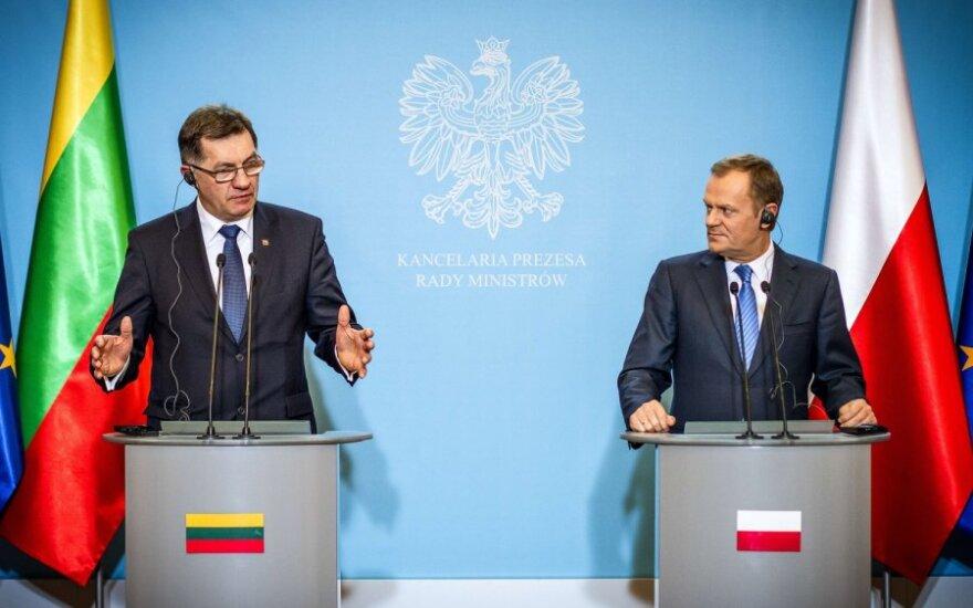 Lenkijos premjeras dar kartą sukritikavo Lietuvą
