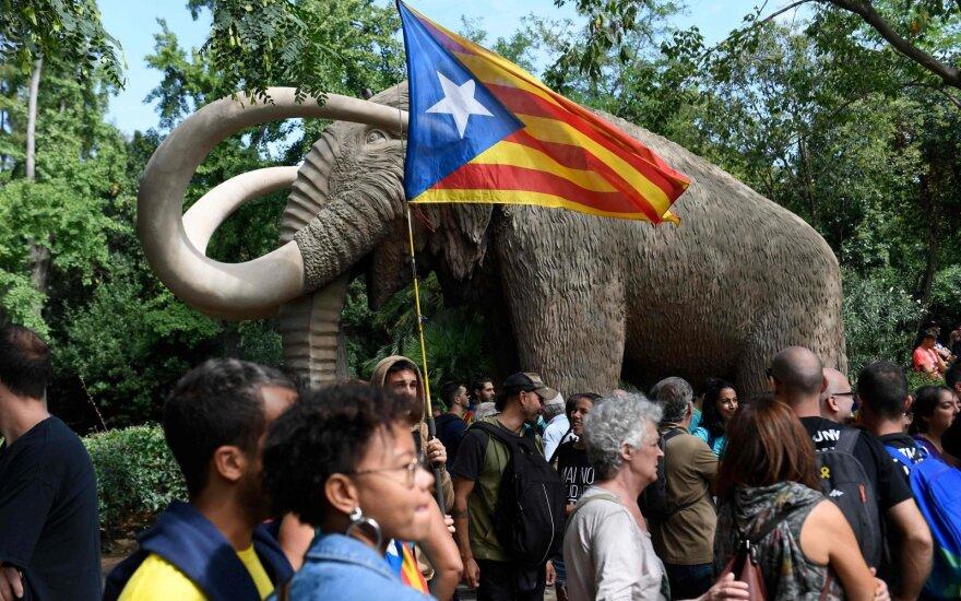Katalonų separatistai Barselonoje rengia eitynes