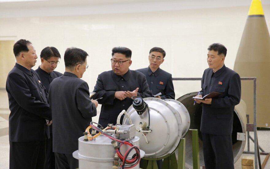 """Šiaurės Korėja: naujausias mūsų branduolinis bandymas – """"dovana"""" JAV"""