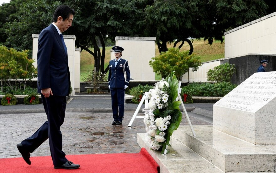 Japonijos premjeras atvyko į Havajus istorinio vizito Perl Harbore