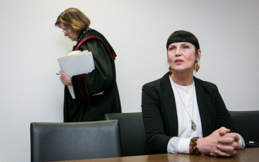 Vanda Skukauskienė ir teisėja Aldona Tumelionytė
