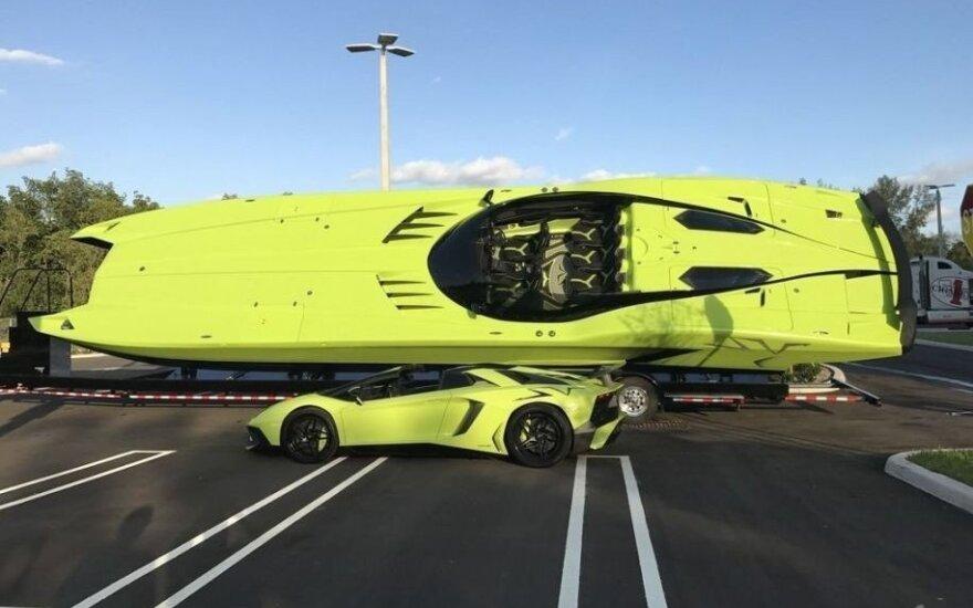 """Parduodami """"Lamborghini Aventador Superveloce"""" ir """"lambokateris"""""""