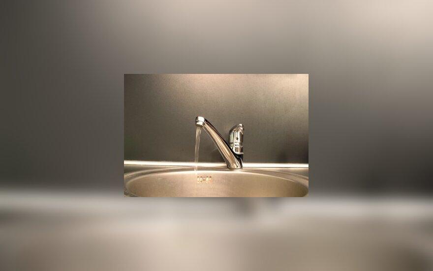 Kriauklė, čiaupas, vanduo