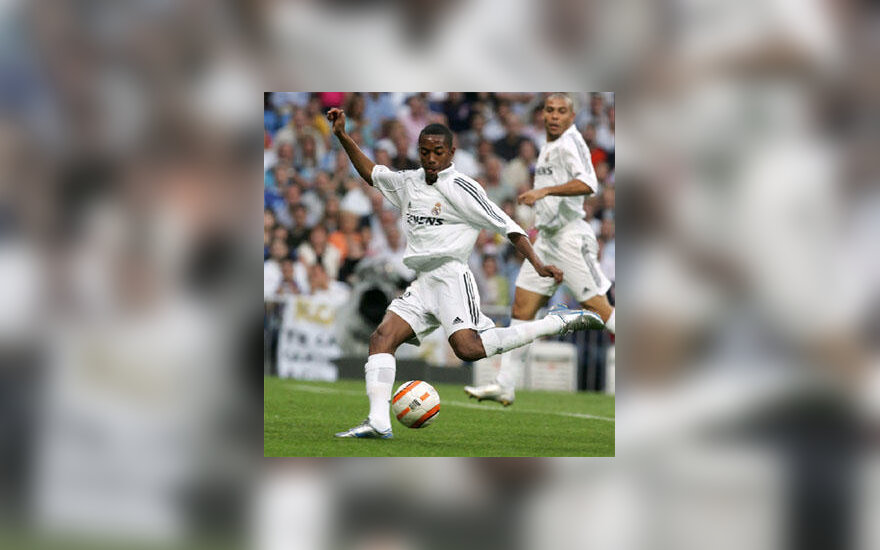"Robinho (""Real Madrid"")"
