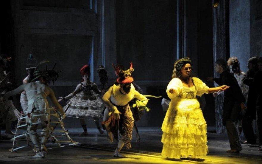 """Opera """"Meilė ir kiti demonai"""""""