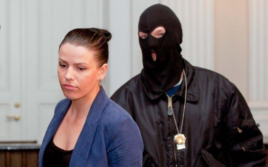 Panevėžio teismas neįžvelgė ryšio tarp pareigūnų pažymos ir iš L. Stankūnaitės atimtos dukters