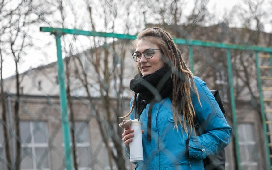 Darbas su nepilnamečiais vieno pavojingiausių Vilniaus mikrorajono gatvėse: įsilieja į jų gretas, kad galėtų padėti