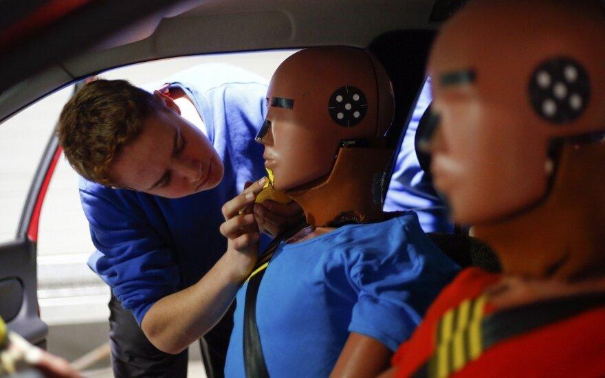 Automobilių saugumo bandymai