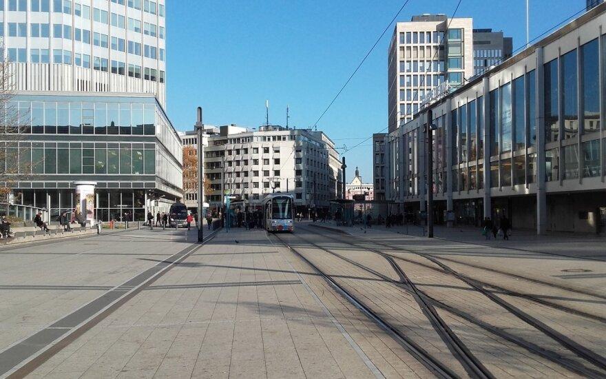 Rengiantis neutralizuoti karo laikų bombą, evakuoti Frankfurto centras ir ECB