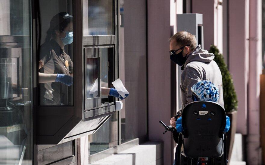 Vakar sveikatos centras visą dieną tikrino verslininkus: nustatyta daugiau nei 50 pažeidimų, kai kurie iš jų – labai rimti