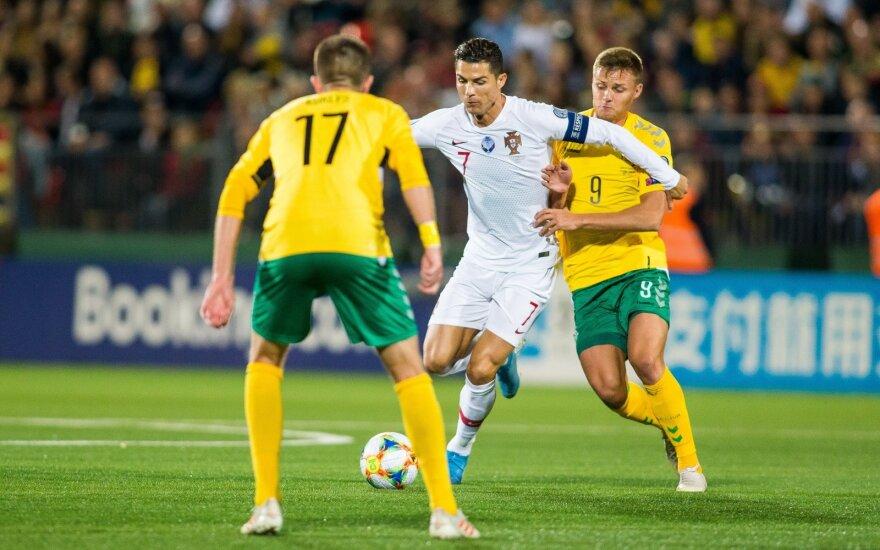 Lietuvos futbolo rinktinėje – rokiruotės: Portugalijoje nežais Vorobjovas, bet grįžta Kuklys