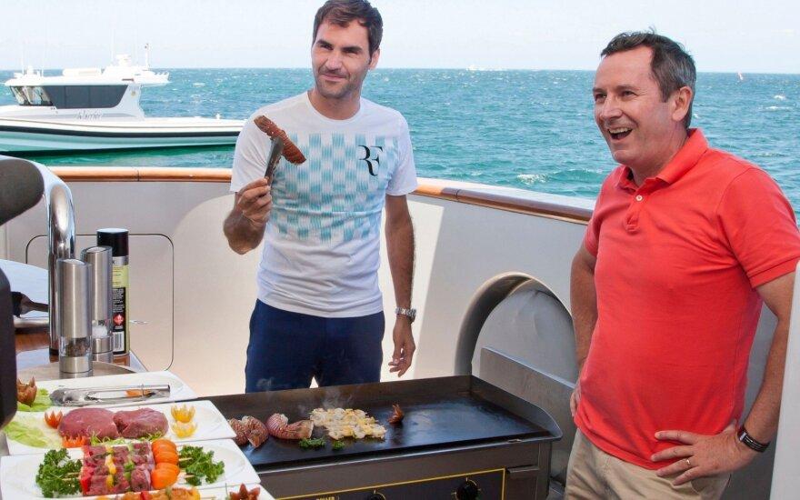 Rogeris Federeris (kairėje)