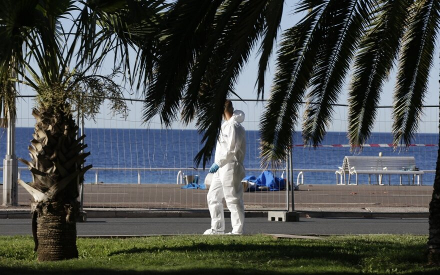 Lithuanian witness at the scene of Nice attack: 'The lorry speeded over people like a lawn mower'