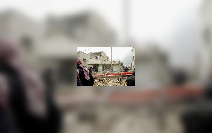 Per JAV bombardavimą sugriautas namas, karas Irake