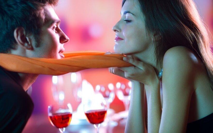 Santykiai: žaisti ar prisirišti?