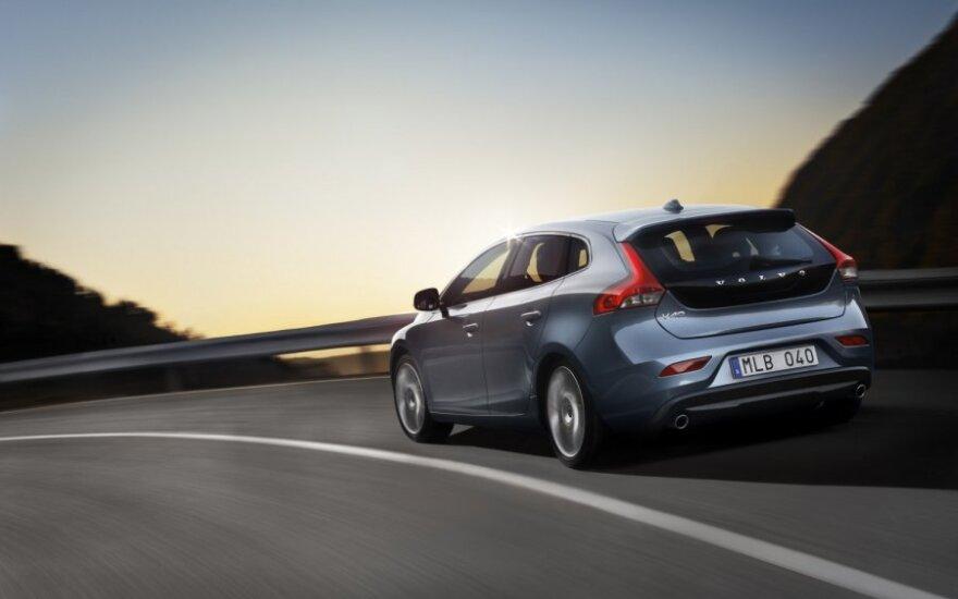 """""""Volvo"""" pradeda naujojo V40 gamybą"""