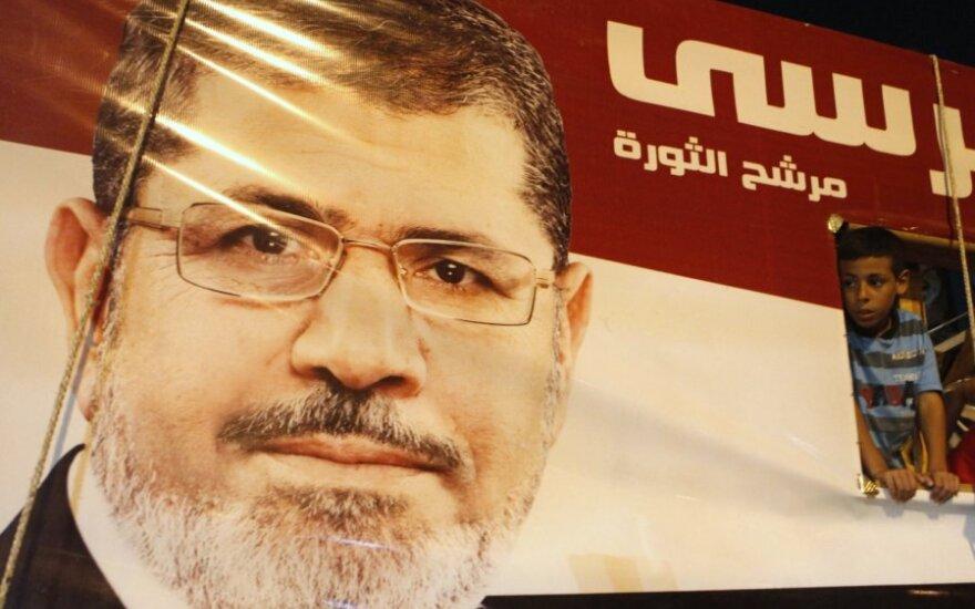 Prezidentas M. Mursi suardė vienos egiptietės santuoką