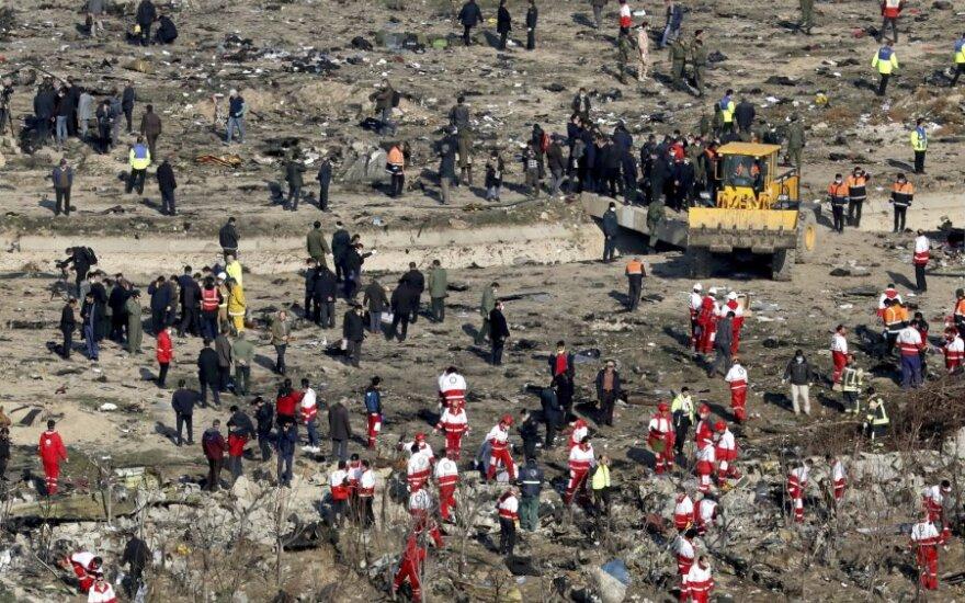 Ukraina išreiškė abejonę, ar Iranas numušė jos lėktuvą dėl žmogiškosios klaidos