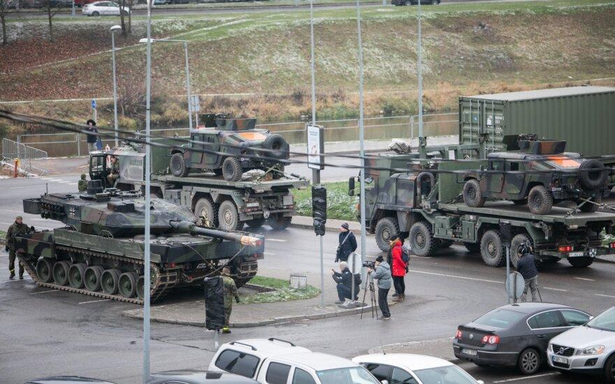 Lietuvos keliais judės beveik tūkstantis įvairios karinės technikos