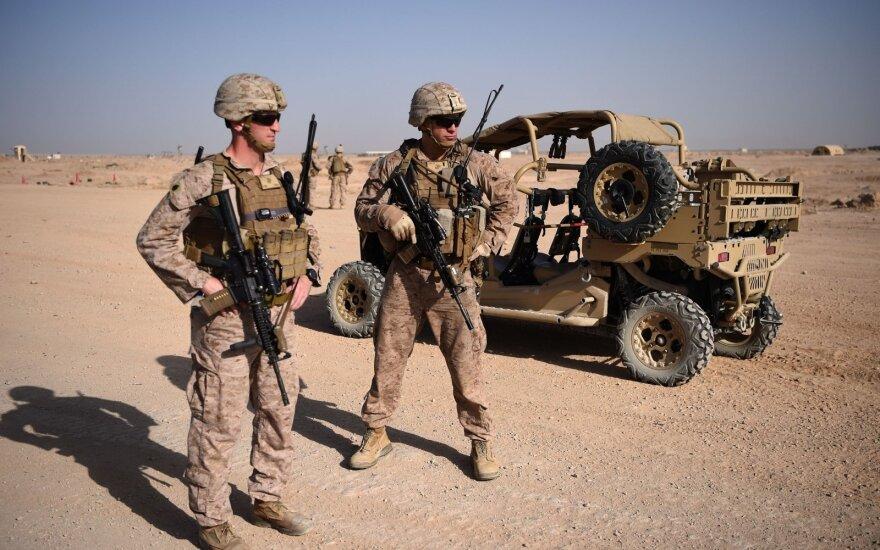 Afganistane sudužus sraigtasparniui žuvo du JAV kariai