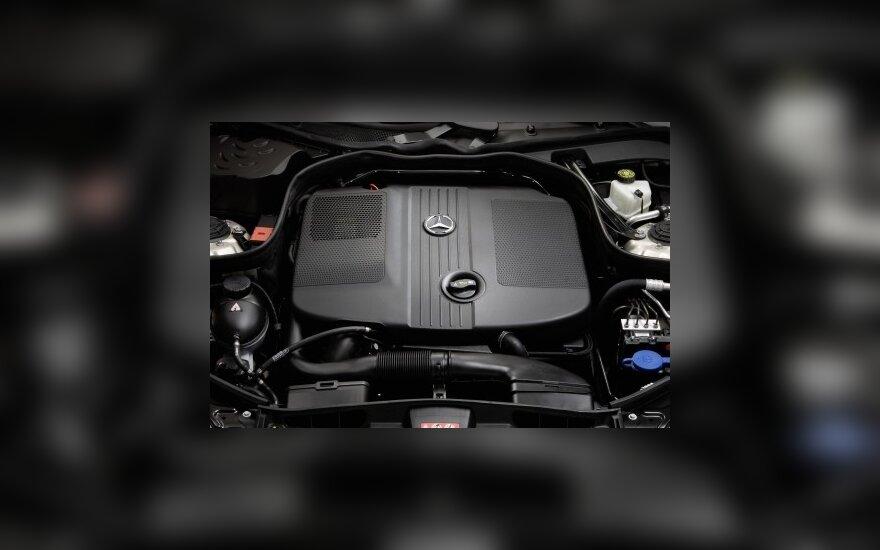 Naujasis Daimler dyzelinis variklis