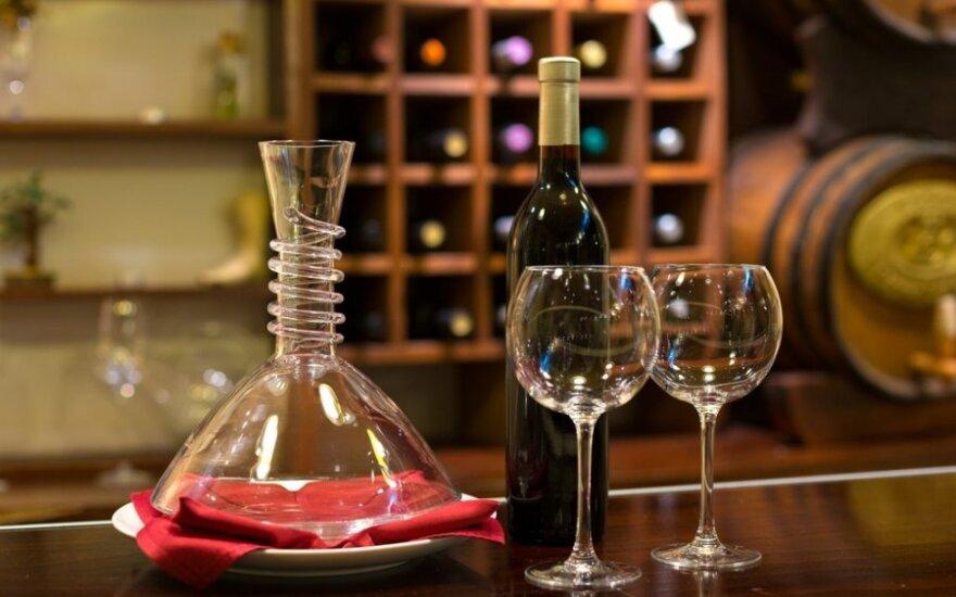 Dekanteris – dar viena vyno šarada