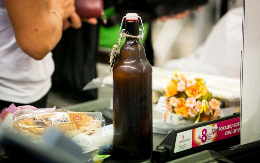 Vyriausybė: savivalda galėtų reguliuoti prekybą alkoholiu