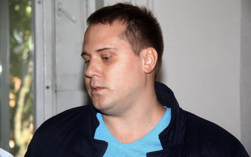 Įžūlumo viršūnė: nesibaigus vienai bylai, sukčiavimu įtariamas vyras pradėjo ieškoti naujų aukų