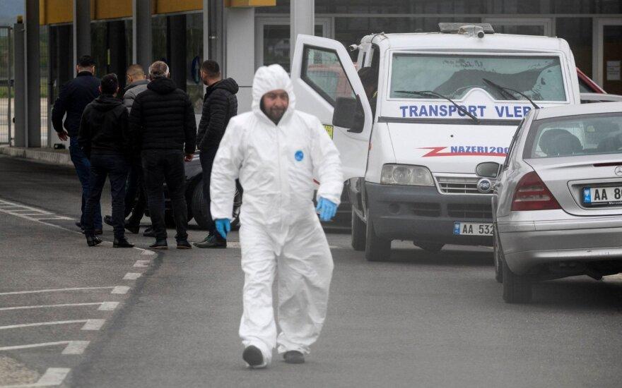 Albanijos policija ieško pabėgusių plėšikų