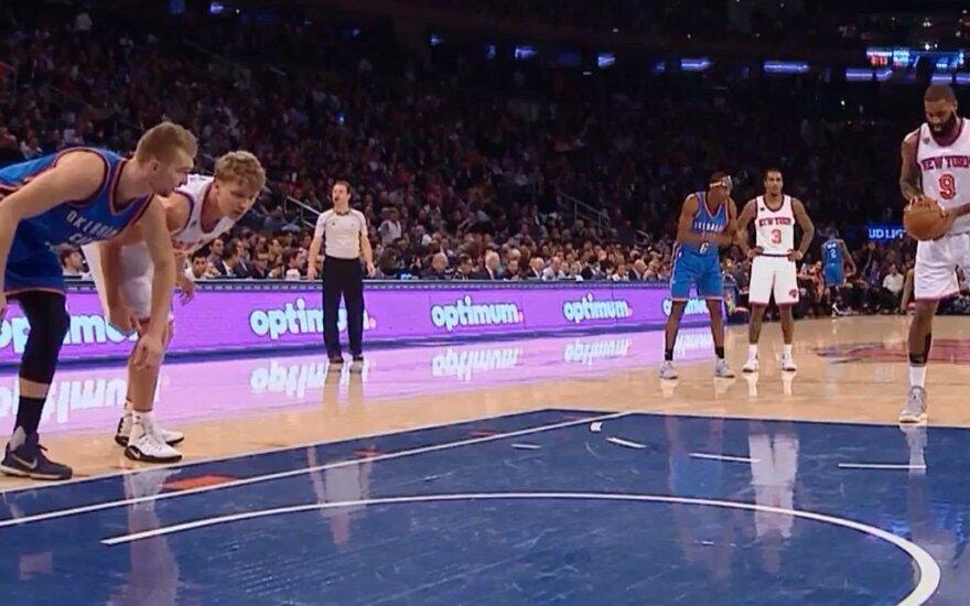 Istorinėje tarpusavio akistatoje NBA nesisekė nei M. Kuzminskui, nei D. Saboniui