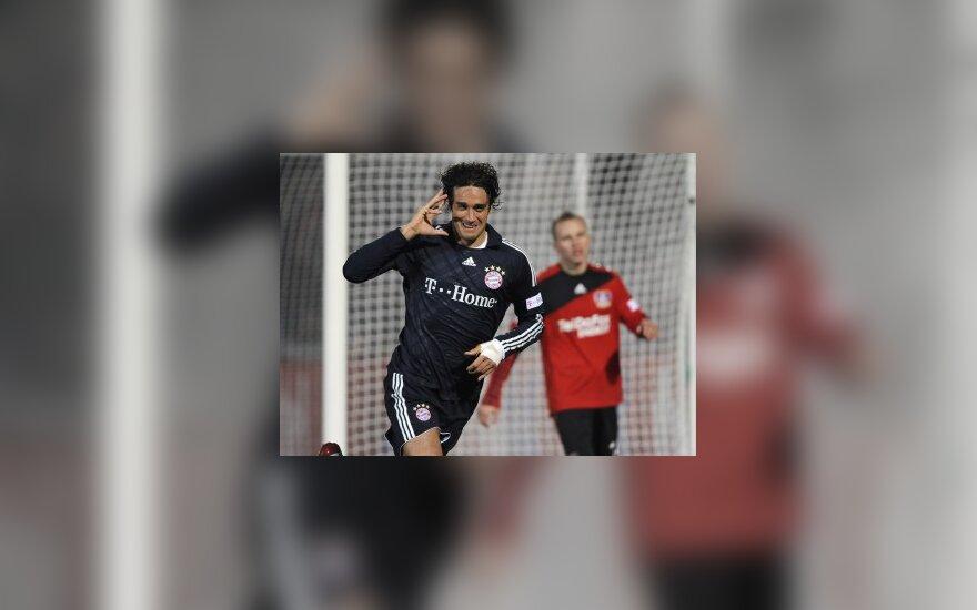 """Vokietijos čempionate """"Bayern"""" kyla į antrą vietą"""