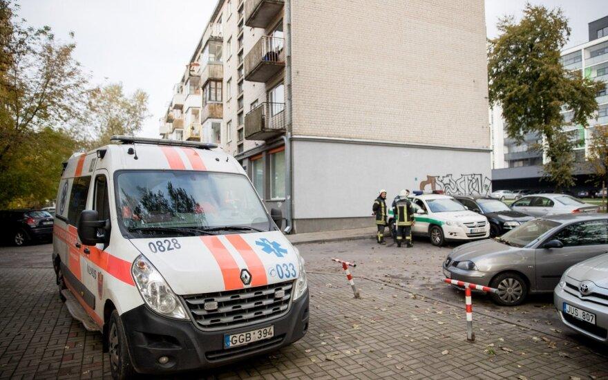 Kaišiadorių rajone rasta sužalota moteris mirė pakeliui į ligoninę