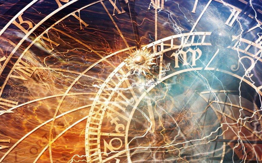 Astrologės Lolitos prognozė liepos 15 d.: geras laikas ryšių stiprinimui