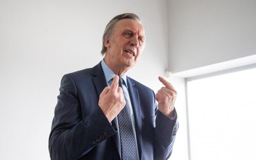 Profesorius Gylys pažvelgė į ekonomiką kitaip: patys naikiname tai, kas mums brangu