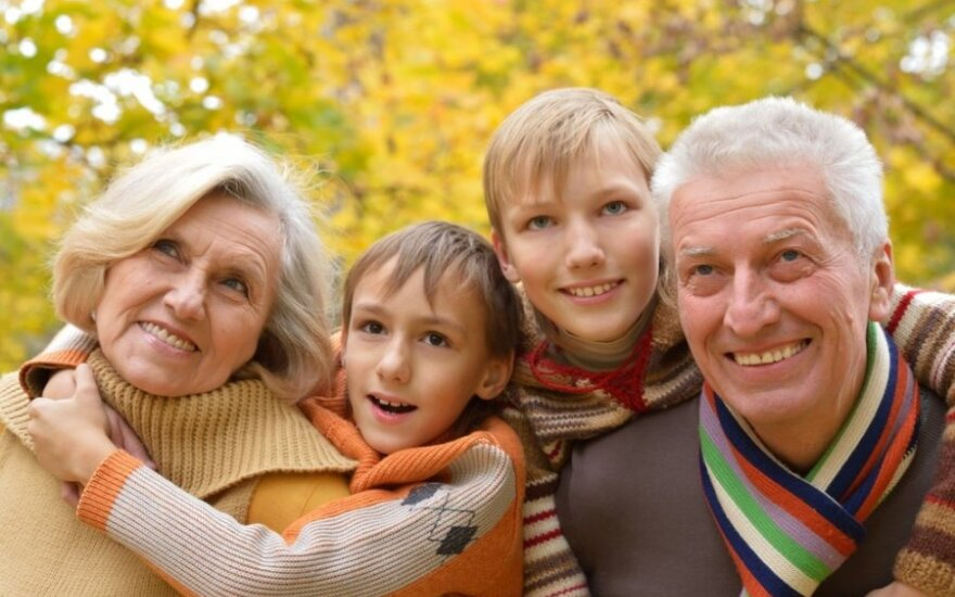 Kaip palaikyti gerus santykius su tėvais ir uošviais?